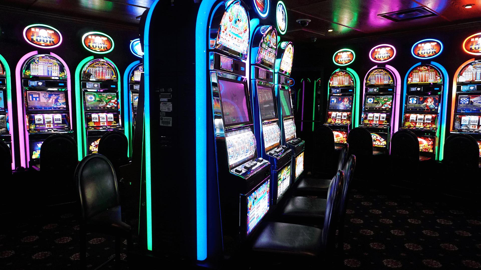Игровые автоматы казино адмирал играть бесплатно ограбление казино 2012 дата выхода